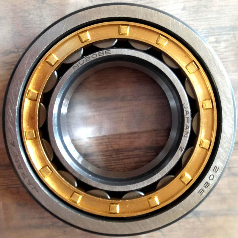 Keep the rolling mill bearings lubricated and clean before checking the rolling mill bearings